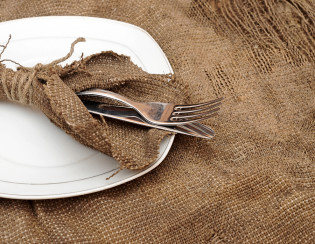 bigstock-A-place-setting-empty-plate-s-38968315